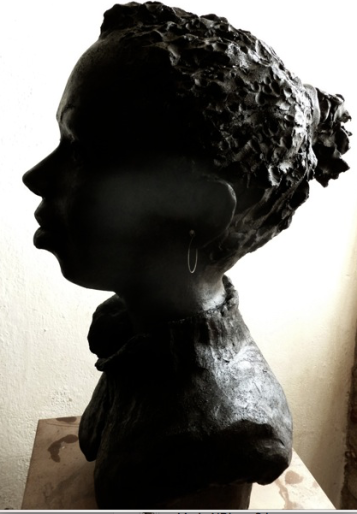 marie-ndiaye-buste-profile-de-lartigue