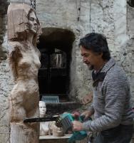 sculpteur-lartigue-et-tronc%cc%a7onneuse
