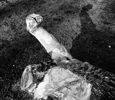 pierre-daragon-processus-sculpture-en-bois-2