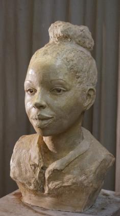 marie-ndiaye-buste-cuit-2