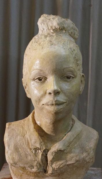 marie-ndiaye-buste-cuit-3