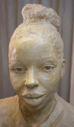 marie-ndiaye-buste-cuit