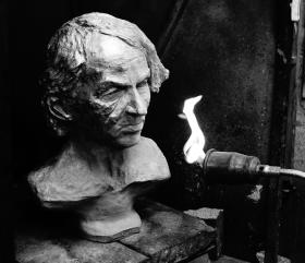 michel-houellebecq-bronze-buste-par-lartigue-24
