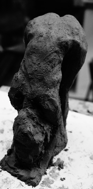 ebauche-sculpture-femme-nue-yoga