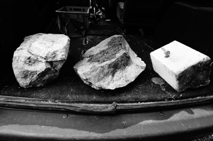 trois marbres dans l Espace