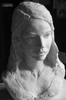 Buste de jeune femme - M - par Lartigue