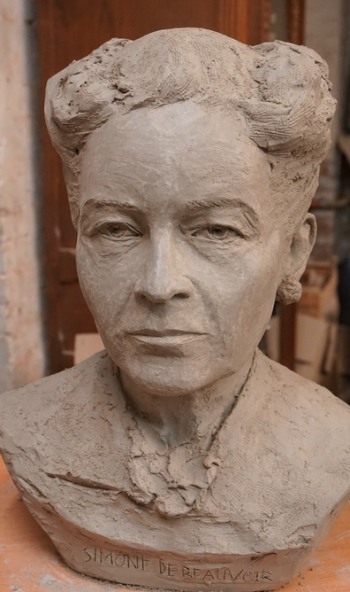 Buste de Simone de Beauvoir - par Gérard Lartigue