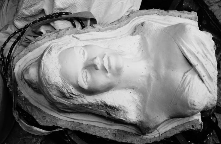 Marianne en plâtre