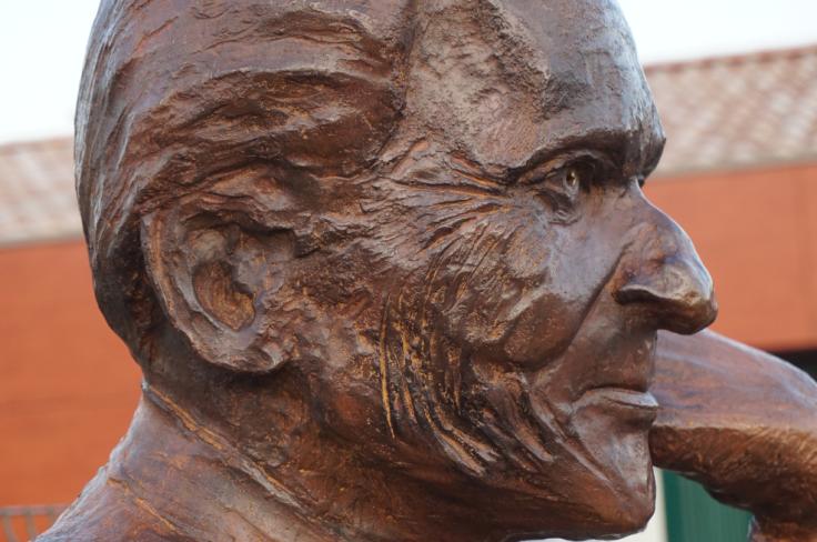 Monument Jean d'Ormesson - buste - Lartigue 15