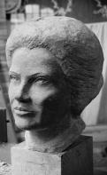 buste en pierre Simone Veil - Gérard Lartigue 1