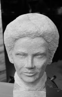 buste en pierre Simone Veil - Gérard Lartigue 2